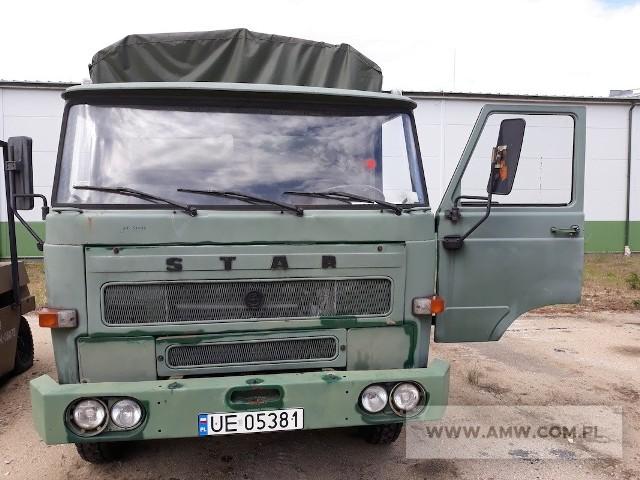 Samochód ciężarowy STAR 200Rok produkcji: 1986Cena: 4400 złMiejsce i termin sprzedaży: AMW w Zielonej Górze, ul. Zjednoczenia 104, 17 lutego 2021 r., godz. 10:00