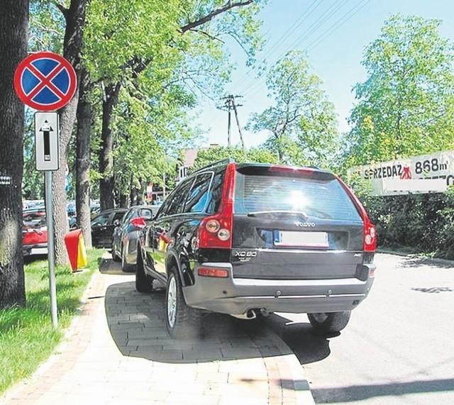 Miejsca parkingowe są zmorą nowoczesnego kąpieliska