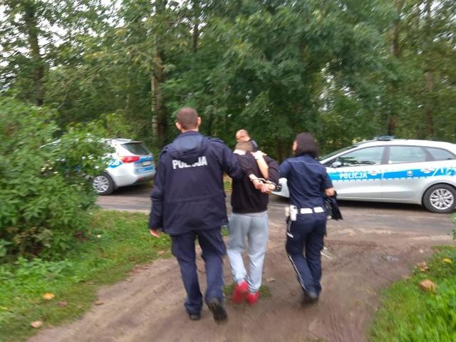 25-latek z Wągrowca, który prowadził w czwartek niebieskiego busa, ma już prokuratorskie zarzuty.