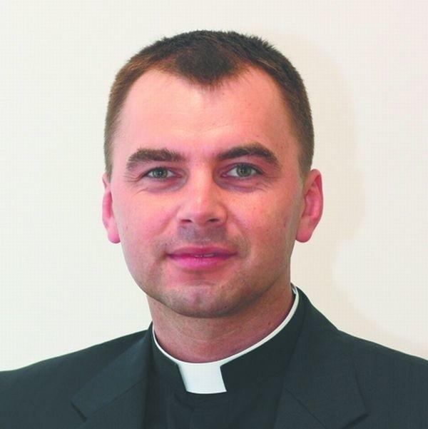 W dniu Wszystkich Świętych wspominamy tych, których Kościół uznał za świętych - mówi ks. Andrzej Dębski