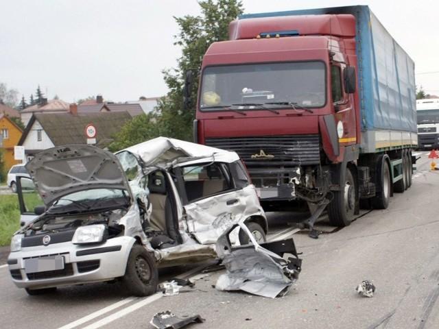 Śmiertelny wypadek na dk 19.