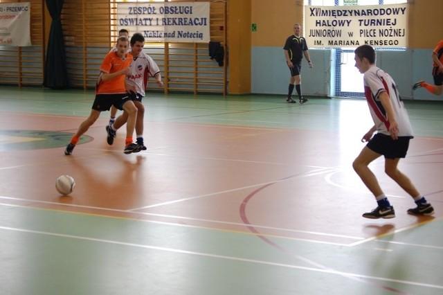 Piłkarze  klubu Unia Solec ponieśli sromotną klęskę (0:16) w meczu z drużyną z Elbląga