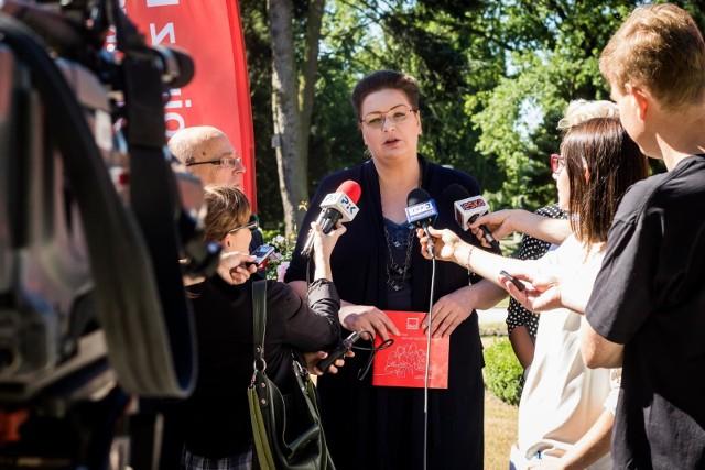 To już oficjalna wiadomość: Lewica zaprezentowała swoją kandydatkę na prezydenta Bydgoszczy. To Anna Mackiewicz. W pierwszej turze liczy na... 52 procent głosów.