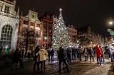 Piekny, świąteczny Gdańsk w obiektywie instagramowiczów! Iluminacje, kolorowe ozdoby bożonarodzeniowe i 17-metrowa choinka