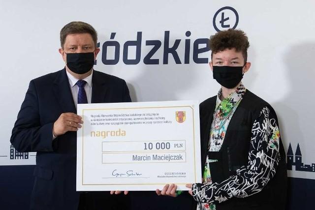 Marszałek województwa łódzkiego nagrodził triumfatora The Voice Kids