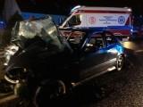 Poważny wypadek w Noskowie. Dwie osoby ranne [ZDJĘCIA]