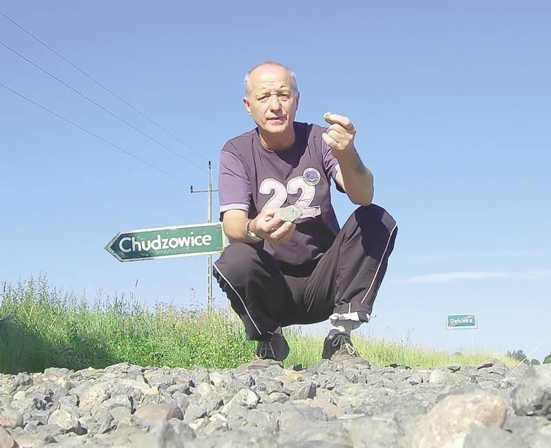 Janusz Kwietniowski uważa, że droga, która prowadzi do krajowej 12. powinna być natychmiast zrobiona.