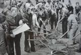 Czyny społeczne na Święto Pracy w PRL ZDJĘCIA Tak Polacy pracowali w dni wolne i za darmo