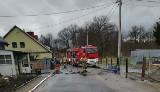 Pożar domu koło Krosna Odrzańskiego. Dwie osoby trafiły do szpitala. Potrzebna pomoc dla pogorzelców