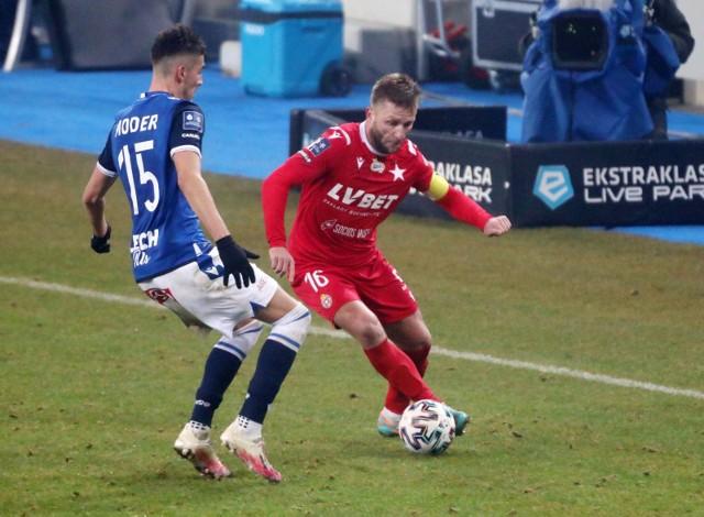 W grudniu Wisła Kraków wygrała 1:0 z Lechem w Poznaniu po golu Jakuba Błaszczykowskiego
