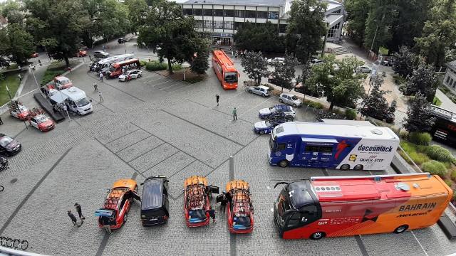 Kulisy Tour de Pologne. Zobacz zaplecze wyścigu przy amfiteatrze w Opolu.