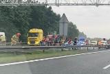 Wypadek na autostradzie A4. Trzy samochody zderzyły się i zablokowały przejazd. Korek miał 3 km długości