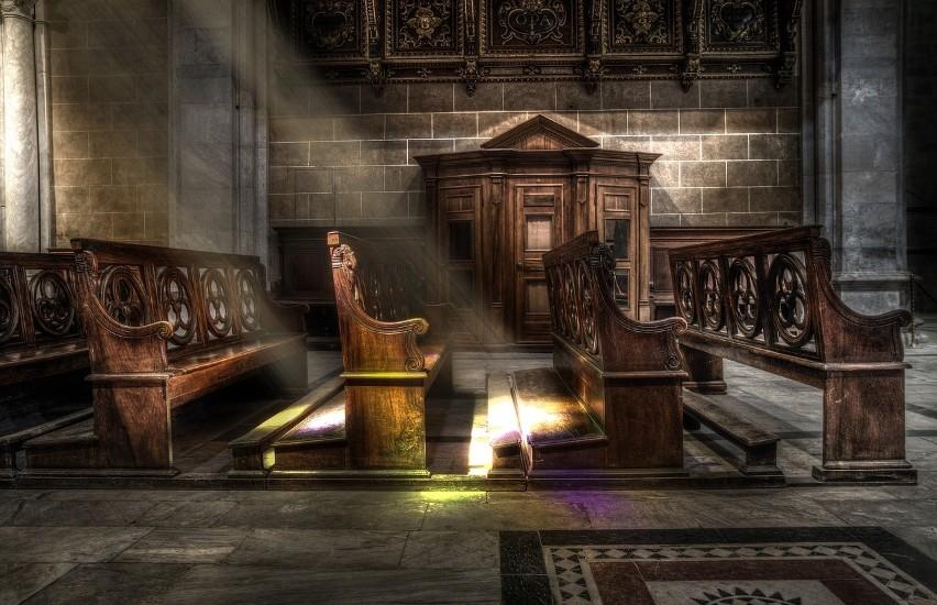 Notariusze w kurii biskupskiej mogą liczyć na 2000 złotych...