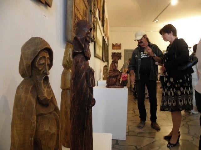"""W mogileńskiej galerii """"Lustro"""" można oglądać prace Stanisława Ruty"""