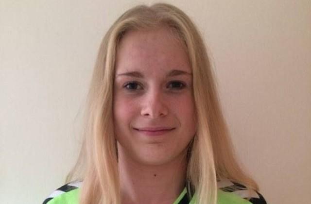 Ma 18 lat. Utalentowana szczypiornistka z Woli Chroberskiej. Gra jako obrotowa. Z powodzeniem występuje w zespole juniorek Korony Handball Kielce. Na koncie ma złoty medal mistrzostw Polski juniorek młodszych.