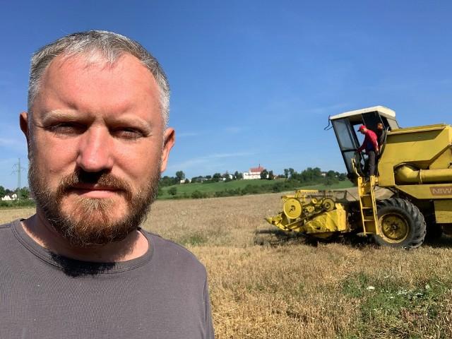 Stefan Sikora, właściciel gospodarstwa rolnego w Odrowążu, gmina Stąporków