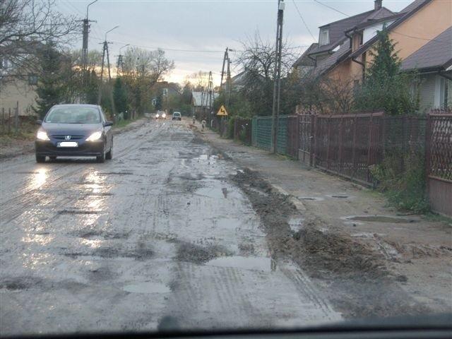 Kiedy spadnie deszcz, ulicą Kościuszki trudno jest przejechać
