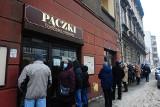 Tłusty czwartek w Krakowie. Kolejki od rana, cukiernicy czekają na miłośników pączków