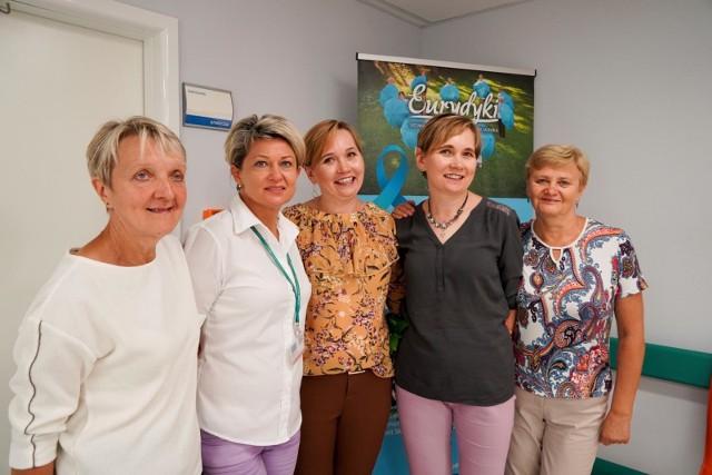 """Już w środę, 4 września, w godz. 10-12, w siedzibie Podlaskiego NFZ w Białymstoku odbędą się kolejne konsultacje dla pacjentów. Tym razem gościć tu będą członkinie Stowarzyszenia Kobiet z Rakiem Jajnika """"Eurydyki"""", które odpowiedzą na pytania, dlaczego warto robić badania profilaktyczne, gdzie szukać pomocy i wsparcia z zdiagnozowanym nowotworem oraz jaką rolę w procesie leczenia pełni… optymizm."""