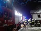 Pożar domu w Wieprzu, jedna osoba została poszkodowana