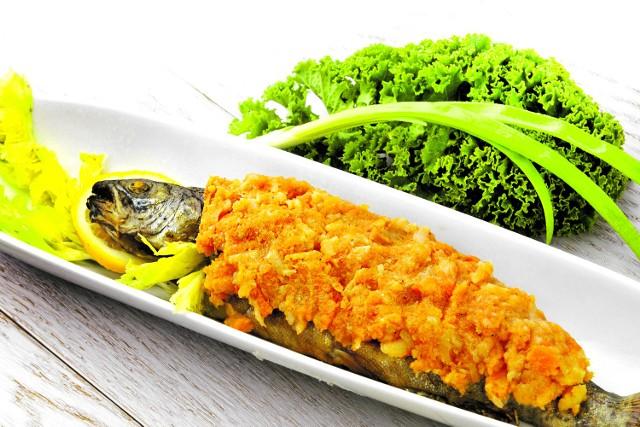 Ryba po grecku to jeden z obowiązkowych punktów na wigilijnym stole