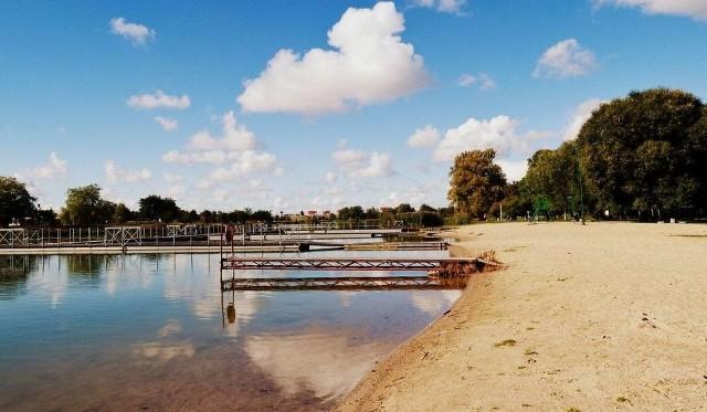 Jesienią tego roku zalew ma być oczyszczony i znacznie pogłębiony, co ma poprawić jakość wody.