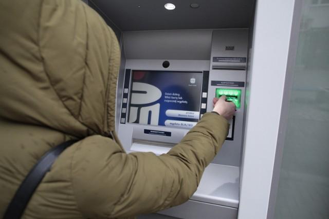 Przestępcy rozsyłają fałszywe maile udające powiadomienia banku PKP BP, np. alerty o logowaniu do iPKO lub nowej wiadomości w serwisie internetowym.