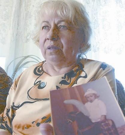 - Od kiedy zaginął Marcinek, nie ma dnia, żebym w myślach nie przywoływała swojego synka - mówi przez łzy Danuta Zioło.