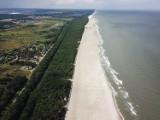 Szerokie plaże nad Bałtykiem! Zakończyła się refulacja w Jastrzębiej Górze i Ostrowie. Lista poszerzanych plaż [zdjęcia, wideo]