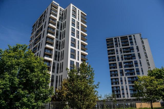 Budowane przez Budimex Nieruchomości dwa budynki na pasie startowym na Zaspie to pierwszy etap wielozadaniowej inwestycji. Szwedzki fundusz nieruchomości kupił dwa kolejne, które powstaną w kolejnym eapie. Będzie w nich 300 mieszkań na najem średnio- i długoterminowy
