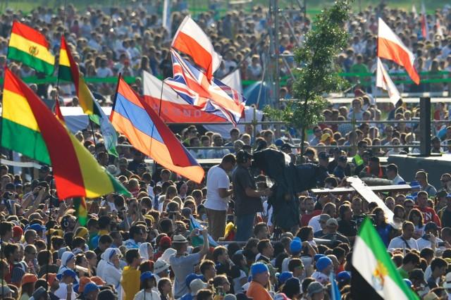 29.07.2016 krakow swiatowe dni mlodziezy droga krzyzowa nz. sdm world youth days wiara religia fot. michal dyjuk / polska press