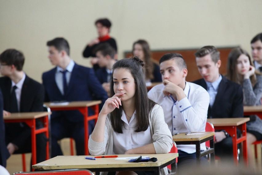 18-04-2016 lodz egzamin gimnazjalny gimnazjum 34...
