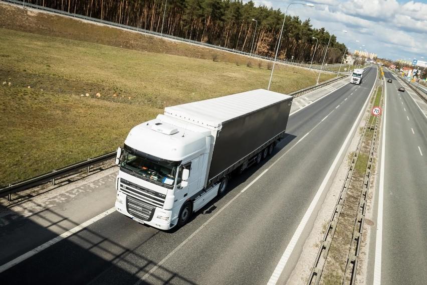 Polskie firmy transportowe znajdują się na pozycji lidera branży drogowej w Europie.