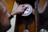 Zmiana czasu październik 2020. Kiedy przestawiamy zegarki? Czy to już ostatni raz?