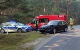 Wypadek w Bruśku. Kierowca BMW zderzył się z busem w miejscowości Brusiek. Są ranni