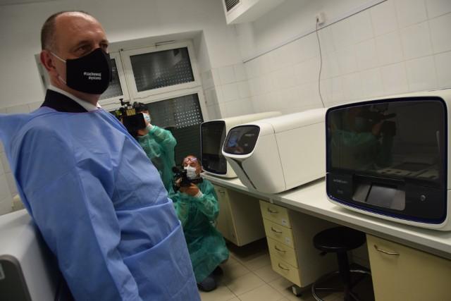 Laboratorium będzie sekwencjonowało genom koronawirusa od początku sierpnia.