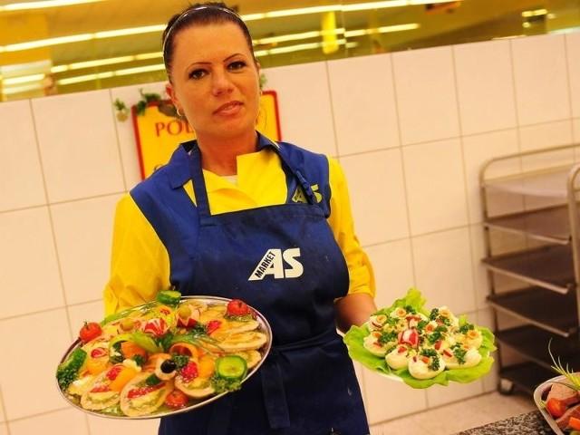 W AS-markecie przy ul. Chodkiewicza klienci na wybór potraw narzekać nie mogą