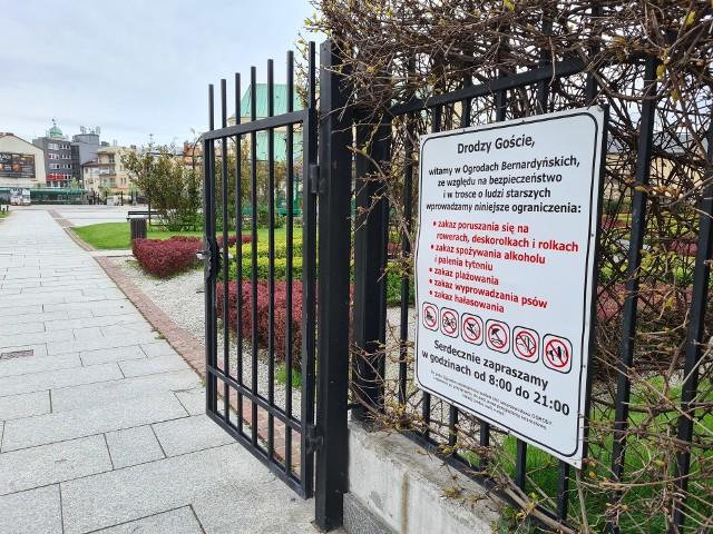 Ogrody Bernardyńskie są od kilkunastu dni okupowane przez młodzież. Nie byłoby w tym nic złego, gdyby nie jej uciążliwe zachowanie