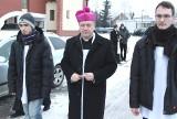Abp Kupny zaskakuje niczym papież Franciszek. Chodził po kolędzie (ZDJĘCIA)