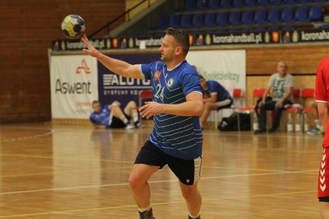 Tadeusz Dusak przez ćwierć wieku grał w Wiśle Sandomierz.