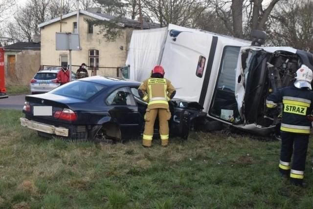 Stan bezpieczeństwa na drogach w województwie wielkopolskim. Według policyjnych statystyk w pierwszym kwartale roku, od stycznia do marca, doszło do  7 676 zdarzeń drogowych. Wśród nich odnotowano 449 wypadków i 7 227 kolizji  drogowych. W wyniku zdarzeń drogowych zmarły 42 osoby, a 500 doznało obrażeń ciała. Przejdź dalej --->
