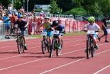 """Uwaga, uczniowie podstawówek. W konkursie """"Inowrocławski czar dwóch kółek"""" możecie wygrać rower!"""