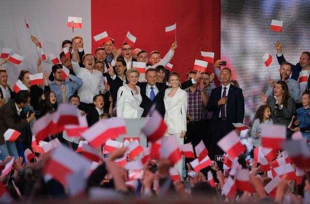 Andrzej Duda zostaje ponownie prezydentem Polski