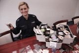 Policja pokazuje, jakie narkotyki rodzice mogą znaleźć u swoich dzieci