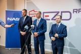 Ministrowie Cieszyński i Andruszkiewicz zapowiedzieli wprowadzenie pełnej cyfryzacji urzędów. Oprogramowanie powstało w Białymstoku