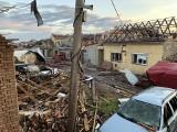 Śmiercionośne tornado w Czechach zrównało wioski z ziemią. Są zabici i ranni. Setki domów w 7 gminach na Morawach zostało zniszczonych
