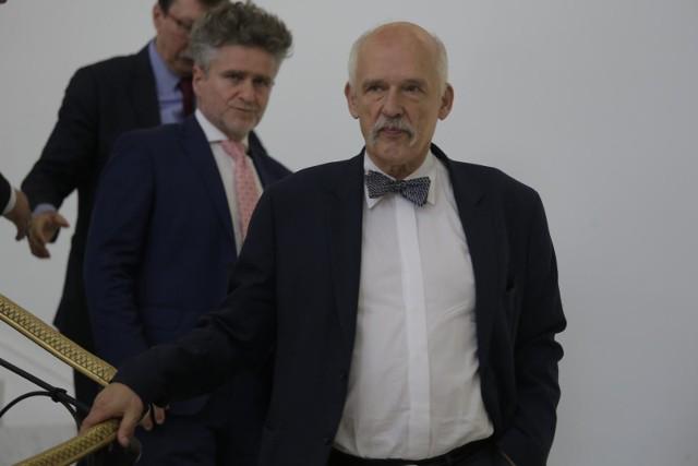 Janusz Korwin-Mikke: Mam zamiar przeżyć Unię Europejską, socjalizm i demokrację