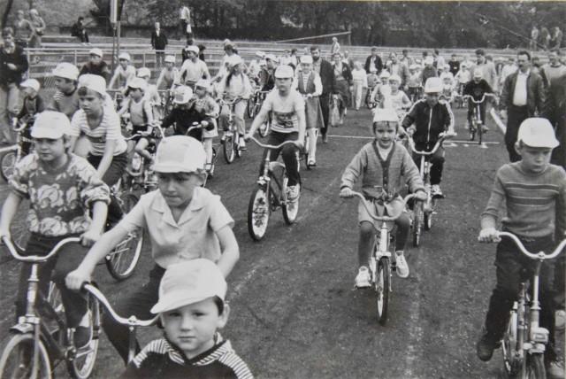 """W wyścigach kolarskich """"Gazety Pomorskiej"""" mógł uczestniczyć każdy, od malucha na trójkołowcu, po osobę dorosłą na kolarzówce"""
