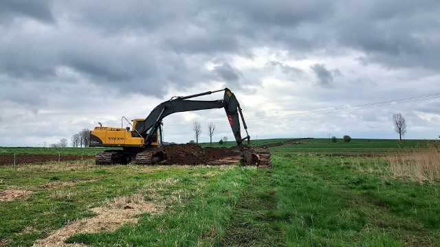W Boronowie trwają przygotowania do budowy rurociągu paliwowego Boronów – Trzebinia.Zobacz kolejne zdjęcia. Przesuwaj zdjęcia w prawo - naciśnij strzałkę lub przycisk NASTĘPNE