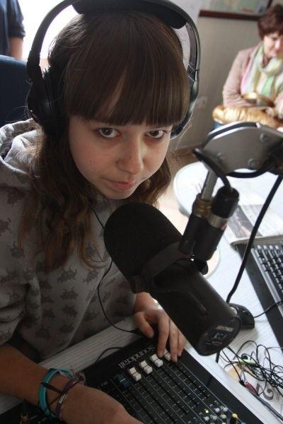 Kamila Golc uczy się w gimnazjum. Programy w radiu JARD II prowadzi już od trzech lat.